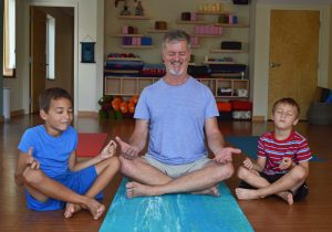 Green Yoga – A New Way To Practice (With The Family!)